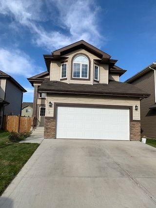 Photo 1: 3224 15 Avenue in Edmonton: Zone 30 Attached Home for sale : MLS®# E4177508