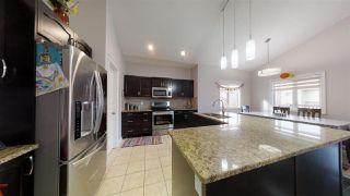 Photo 4: 3224 15 Avenue in Edmonton: Zone 30 Attached Home for sale : MLS®# E4177508