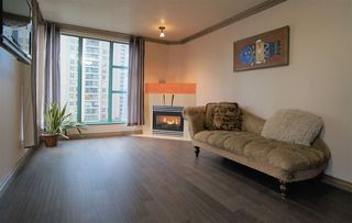"Photo 4: 1109 939 HOMER Street in Vancouver: Yaletown Condo for sale in ""PINNACLE"" (Vancouver West)  : MLS®# R2417847"