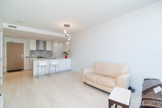 Photo 4: 3108 6098 STATION Street in Burnaby: Metrotown Condo for sale (Burnaby South)  : MLS®# R2420706