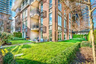 """Photo 13: 107 1135 WINDSOR Mews in Coquitlam: New Horizons Condo for sale in """"BRADLEY HOUSE WEST"""" : MLS®# R2438518"""