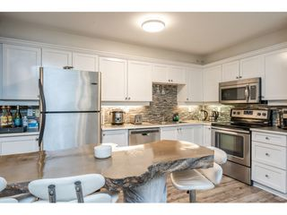 """Photo 4: 31 241 PARKSIDE Drive in Port Moody: Heritage Mountain Townhouse for sale in """"PINEHURST"""" : MLS®# R2457042"""