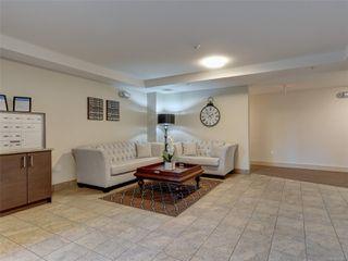 Photo 18: 107 935 Cloverdale Ave in : SE Quadra Condo for sale (Saanich East)  : MLS®# 853912