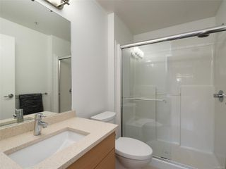 Photo 12: 107 935 Cloverdale Ave in : SE Quadra Condo for sale (Saanich East)  : MLS®# 853912