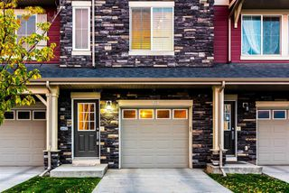 Photo 2: 69 Kinlea Way NW in Calgary: Kincora Row/Townhouse for sale : MLS®# A1024159