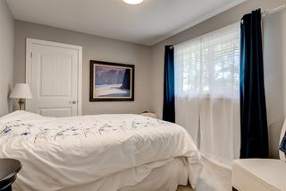 Photo 12: 82 Hallbrook Drive SW in Calgary: Haysboro Detached for sale : MLS®# A1042399