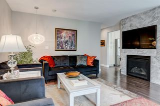Photo 2: 82 Hallbrook Drive SW in Calgary: Haysboro Detached for sale : MLS®# A1042399