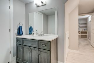 Photo 16: 82 Hallbrook Drive SW in Calgary: Haysboro Detached for sale : MLS®# A1042399