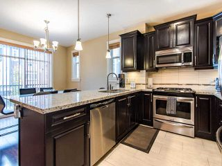 """Photo 5: 76 8068 207 Street in Langley: Willoughby Heights Townhouse for sale in """"YORKSON CREEK SOUTH"""" : MLS®# R2517113"""