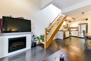 """Photo 5: 401 7418 BYRNEPARK Walk in Burnaby: South Slope Condo for sale in """"GREEN"""" (Burnaby South)  : MLS®# R2519549"""