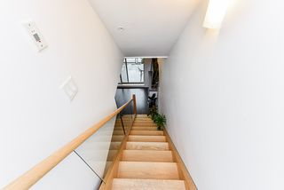 """Photo 20: 401 7418 BYRNEPARK Walk in Burnaby: South Slope Condo for sale in """"GREEN"""" (Burnaby South)  : MLS®# R2519549"""