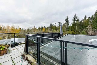 """Photo 15: 401 7418 BYRNEPARK Walk in Burnaby: South Slope Condo for sale in """"GREEN"""" (Burnaby South)  : MLS®# R2519549"""