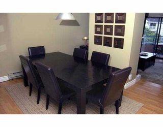 """Main Photo: 308 988 W 16TH AV in Vancouver: Cambie Condo for sale in """"THE OAKS"""" (Vancouver West)  : MLS®# V546853"""