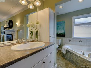 Photo 12: 4890 Sea Ridge Drive in VICTORIA: SE Cordova Bay Single Family Detached for sale (Saanich East)  : MLS®# 416068