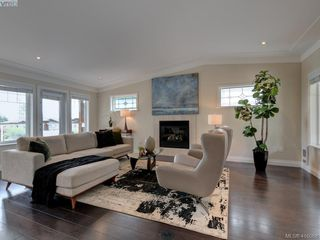 Photo 5: 4890 Sea Ridge Drive in VICTORIA: SE Cordova Bay Single Family Detached for sale (Saanich East)  : MLS®# 416068