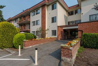 """Photo 4: 128 1909 SALTON Road in Abbotsford: Central Abbotsford Condo for sale in """"Forest Village"""" : MLS®# R2410831"""