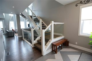 Photo 3: 61 Lazaro Close in Red Deer: Laredo Residential for sale : MLS®# CA0186604