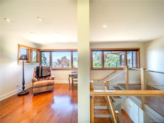 Photo 25: 2952 Tudor Ave in Saanich: SE Ten Mile Point Single Family Detached for sale (Saanich East)  : MLS®# 842941
