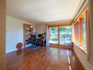 Photo 28: 2952 Tudor Ave in Saanich: SE Ten Mile Point Single Family Detached for sale (Saanich East)  : MLS®# 842941