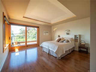 Photo 30: 2952 Tudor Ave in Saanich: SE Ten Mile Point Single Family Detached for sale (Saanich East)  : MLS®# 842941