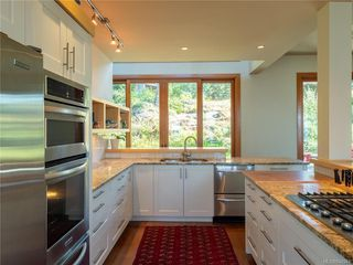 Photo 13: 2952 Tudor Ave in Saanich: SE Ten Mile Point Single Family Detached for sale (Saanich East)  : MLS®# 842941