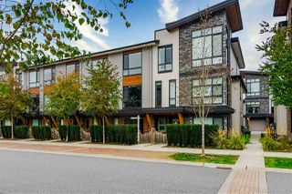 """Main Photo: 61 16488 64 Avenue in Surrey: Cloverdale BC Townhouse for sale in """"Harvest at Bose Farms"""" (Cloverdale)  : MLS®# R2513336"""
