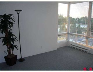"Photo 5: 14820 104TH Ave in Surrey: Guildford Condo for sale in ""Camelot"" (North Surrey)  : MLS®# F2622479"
