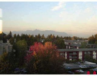 "Photo 8: 14820 104TH Ave in Surrey: Guildford Condo for sale in ""Camelot"" (North Surrey)  : MLS®# F2622479"