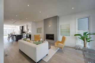 Photo 2: 10817 75 Avenue in Edmonton: Zone 15 House for sale : MLS®# E4174456