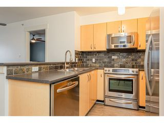 "Photo 3: 403 20750 DUNCAN Way in Langley: Langley City Condo for sale in ""Fairfield Lane"" : MLS®# R2428188"