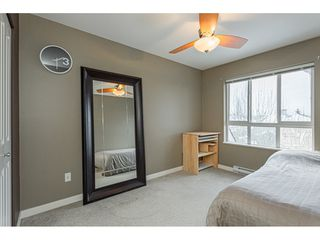 "Photo 13: 403 20750 DUNCAN Way in Langley: Langley City Condo for sale in ""Fairfield Lane"" : MLS®# R2428188"