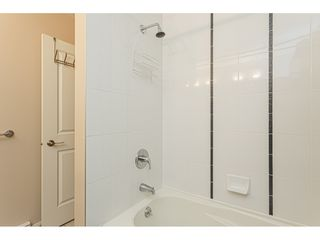 "Photo 12: 403 20750 DUNCAN Way in Langley: Langley City Condo for sale in ""Fairfield Lane"" : MLS®# R2428188"
