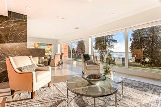 Photo 3: 2665 BELLEVUE Avenue in West Vancouver: Dundarave House for sale : MLS®# R2458014