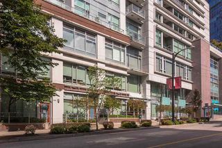 "Photo 22: 907 821 CAMBIE Street in Vancouver: Downtown VW Condo for sale in ""Raffles on Robson"" (Vancouver West)  : MLS®# R2491282"
