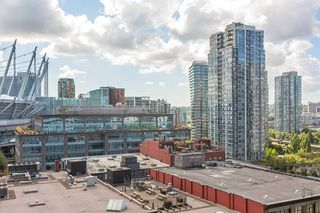 "Photo 3: 907 821 CAMBIE Street in Vancouver: Downtown VW Condo for sale in ""Raffles on Robson"" (Vancouver West)  : MLS®# R2491282"