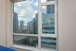 "Photo 9: 907 821 CAMBIE Street in Vancouver: Downtown VW Condo for sale in ""Raffles on Robson"" (Vancouver West)  : MLS®# R2491282"