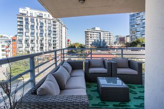 "Photo 19: 409 298 E 11TH Avenue in Vancouver: Mount Pleasant VE Condo for sale in ""THE SOPHIA"" (Vancouver East)  : MLS®# R2503658"