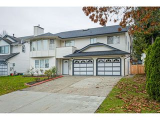 "Photo 2: 6017 189 Street in Surrey: Cloverdale BC House for sale in ""CLOVERHILL"" (Cloverdale)  : MLS®# R2516494"