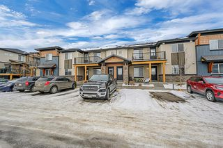 Photo 1: 7203 2781 Chinook Winds Drive SW: Airdrie Row/Townhouse for sale : MLS®# A1051381
