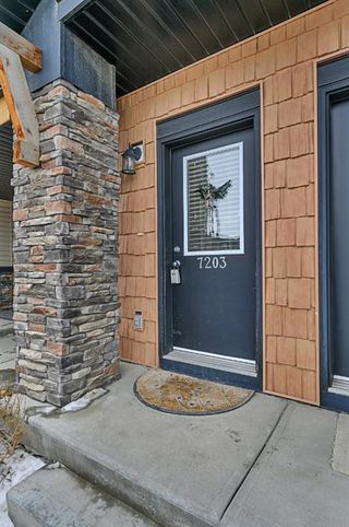Photo 2: 7203 2781 Chinook Winds Drive SW: Airdrie Row/Townhouse for sale : MLS®# A1051381