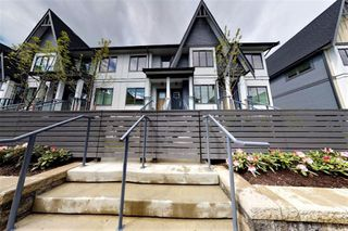 "Photo 2: 38 19451 SUTTON Avenue in Pitt Meadows: South Meadows Townhouse for sale in ""NATURE'S WALK"" : MLS®# R2526032"