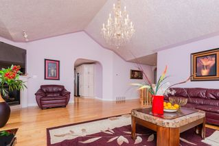 Photo 4: 23 Prestige Point NW in Edmonton: Zone 22 Condo for sale : MLS®# E4169339