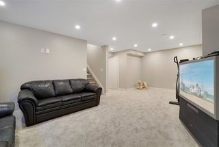 Photo 35: 1567 CHAPMAN Way in Edmonton: Zone 55 House for sale : MLS®# E4184277
