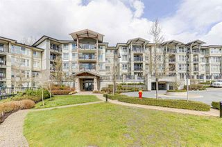 Photo 1: 510 3050 DAYANEE SPRINGS Boulevard in Coquitlam: Westwood Plateau Condo for sale : MLS®# R2448249