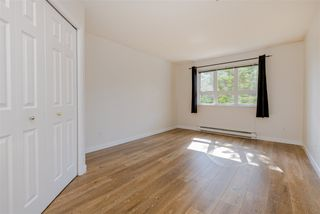 """Photo 12: 102 20125 55A Avenue in Langley: Langley City Condo for sale in """"BLACKBERRY LANE II"""" : MLS®# R2481184"""