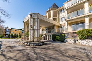 """Photo 24: 102 20125 55A Avenue in Langley: Langley City Condo for sale in """"BLACKBERRY LANE II"""" : MLS®# R2481184"""