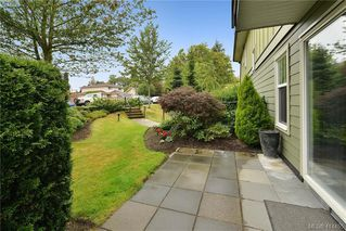 Photo 8: 103 1618 North Dairy Road in VICTORIA: SE Cedar Hill Condo Apartment for sale (Saanich East)  : MLS®# 414455