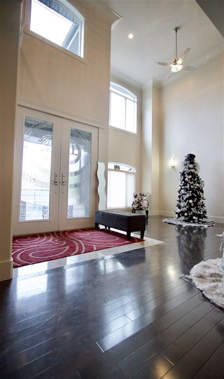 Photo 10: 331 CALDWELL Close in Edmonton: Zone 20 House for sale : MLS®# E4169046
