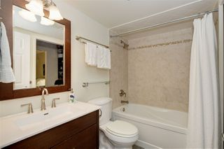 "Photo 13: 302 908 W 7TH Avenue in Vancouver: Fairview VW Condo for sale in ""Laurel Bridge"" (Vancouver West)  : MLS®# R2439600"