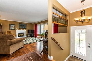 Photo 3: 6940 COACH LAMP Drive in Chilliwack: Sardis West Vedder Rd House for sale (Sardis)  : MLS®# R2451158